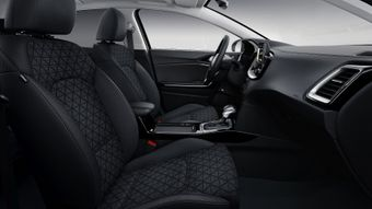 Sēdekļu auduma apdare kombinācijā ar ādas imitāciju / melnas