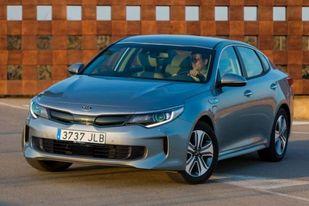 """Ženevos automobilių parodoje """"Kia Motors"""" Europai pristatė 3 naujus modelius"""