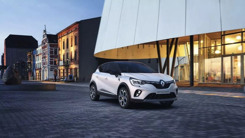 CAPTUR hübriid MY21
